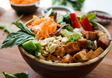 Vietnamese Tofu and Veggie Bowl {with lots of herbs and a tangy dressing}